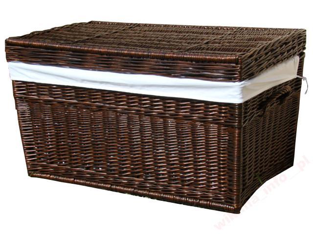 Kufer z wikliny  obszywany